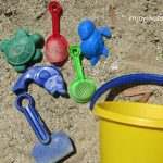 公園遊びをさらに楽しく!我が子がよく遊んでいる100均の外遊びグッズをご紹介